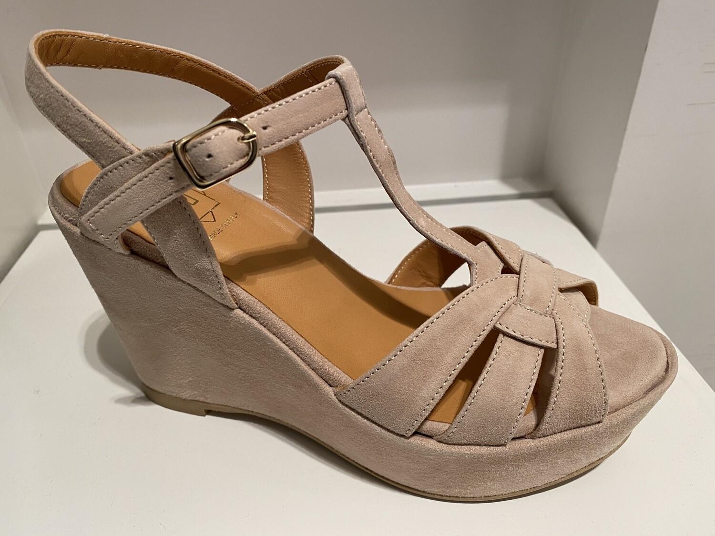 FRU / sleehak sandaal beige daim