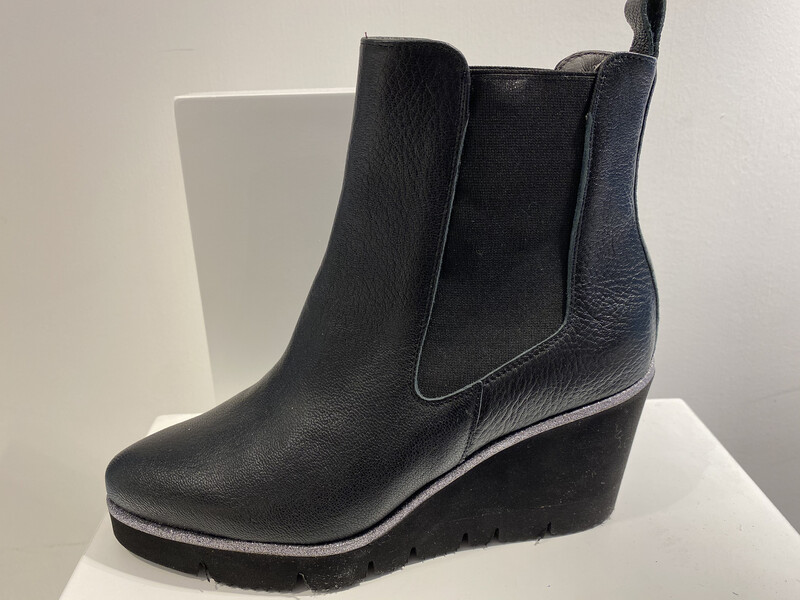 CATWALK SLEEHAK BOOT ZWART