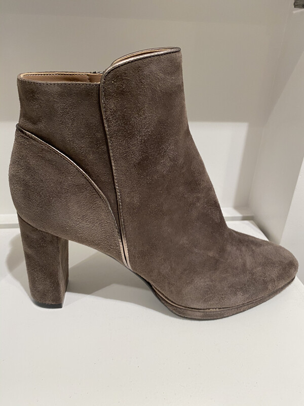 GIORM BOOT TAUPE DAIM