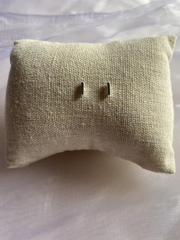 oorringen insteekmodel zilver klein staafje