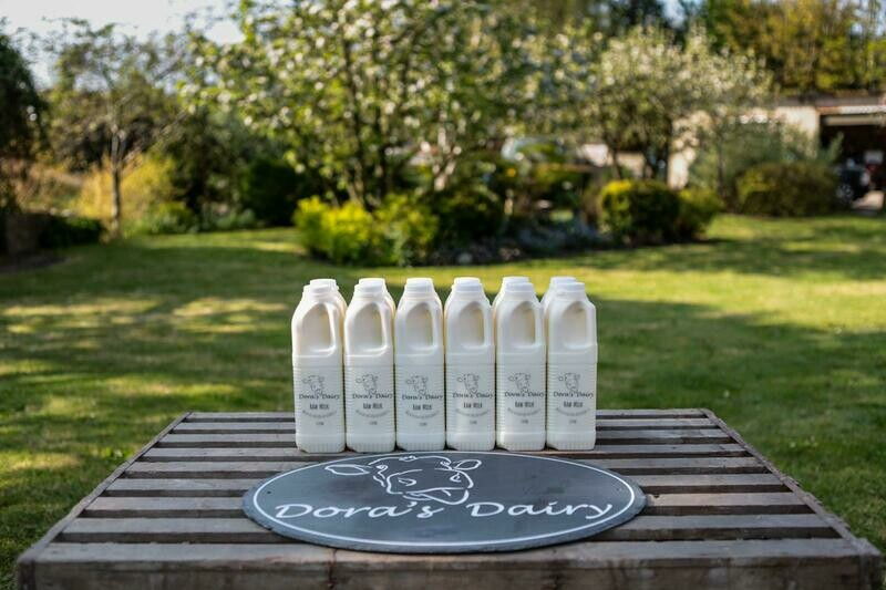 12 x 1 Ltr Unpasteurised milk in plastic bottles