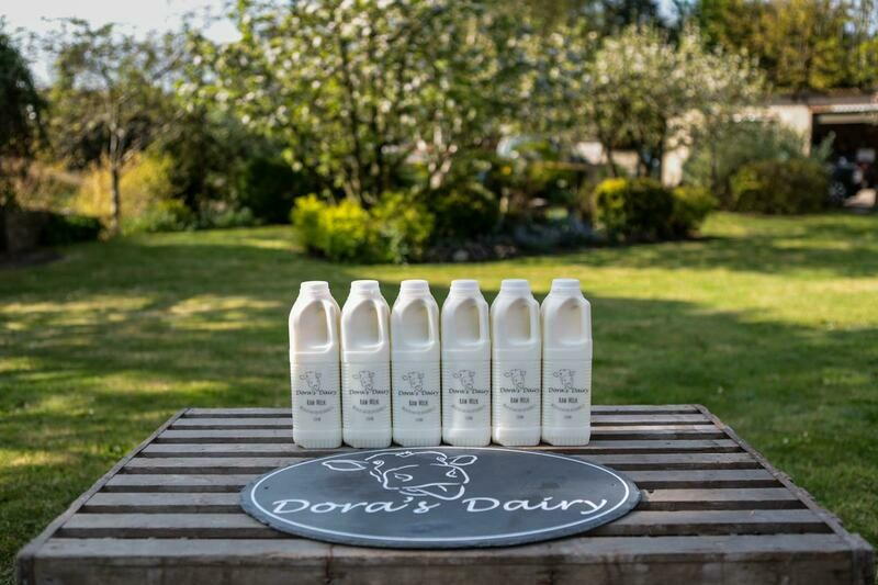 6 x 1 Litres Unpasteurized Milk, 6 x 280ml Raw Cream and 4 x 250g unpasteurised butter