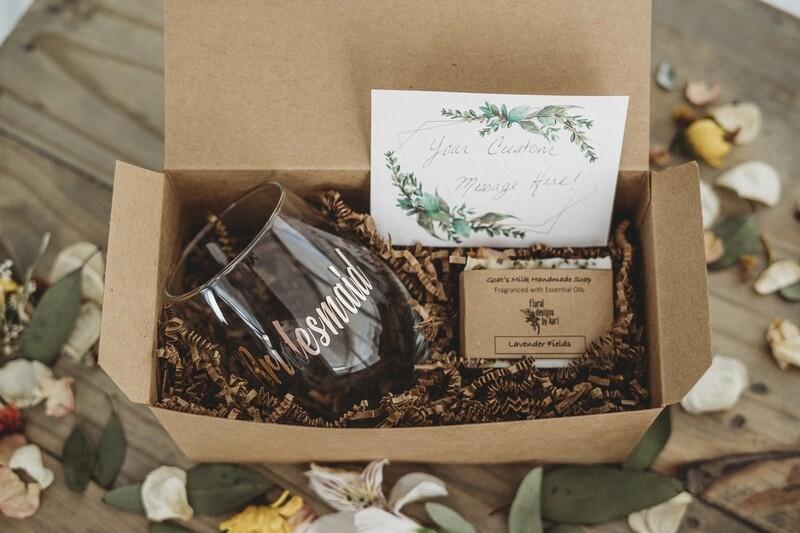 Small Bridal Party Gift Box