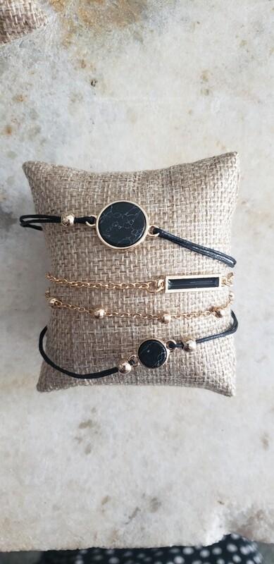 Charm Bracelet - Black Minimalist