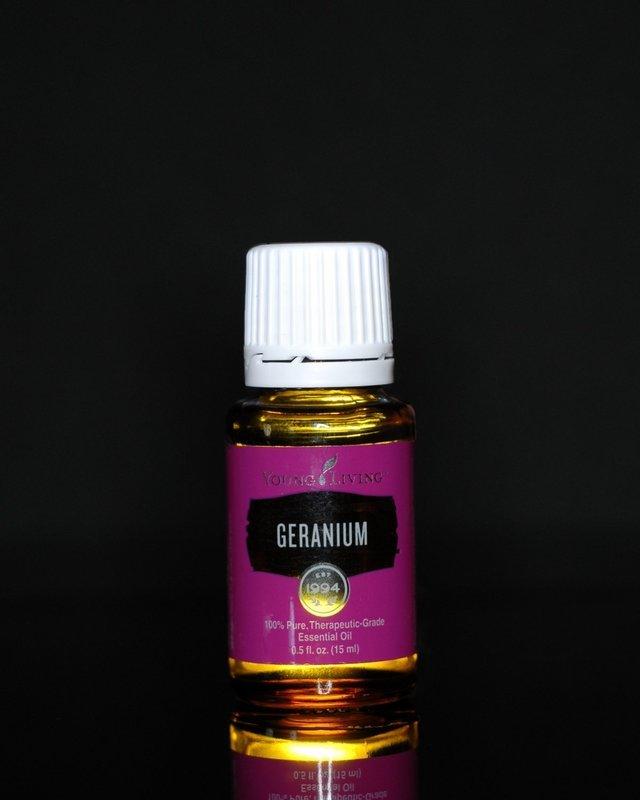 Young Living Geranium Essential Oil