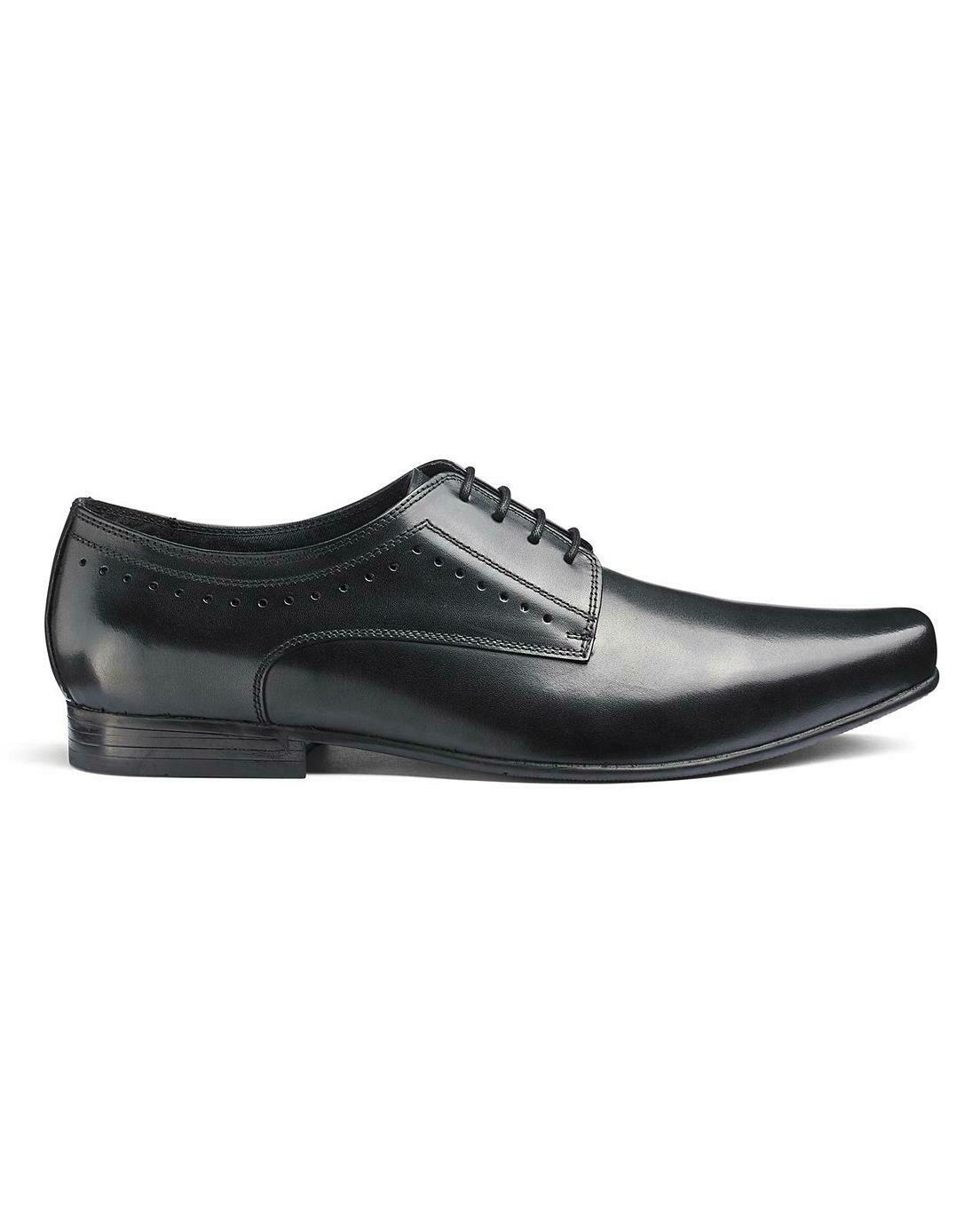 Juodi odiniai batai