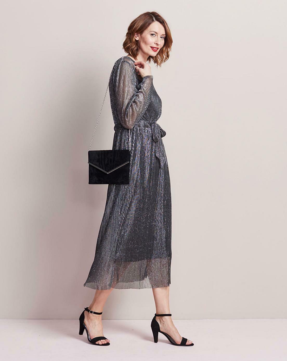 Midi suknelė su surišamu diržu