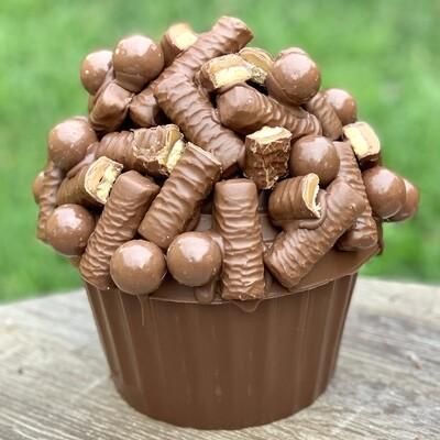Giant Twix Cupcake