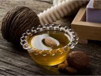 Sweet Almond Carrier Oil 8 fl oz (240 ml)