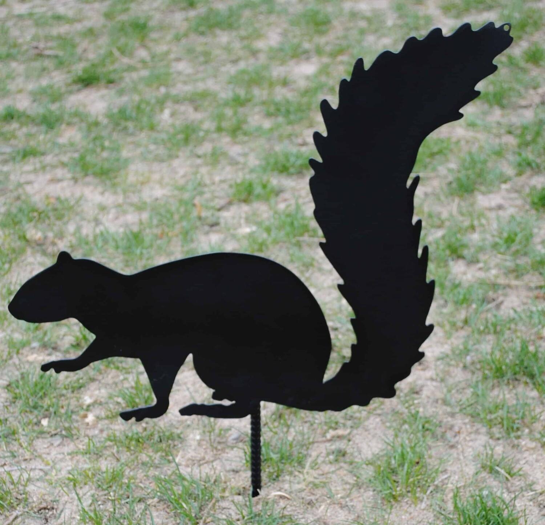 Metal Squirrel Garden Decoration