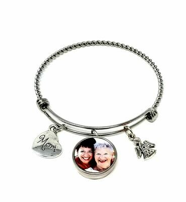 Bangle Bracelet with Interchangeable Snap Charm