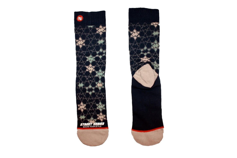 Hoche Socken mit Muster und Sterne