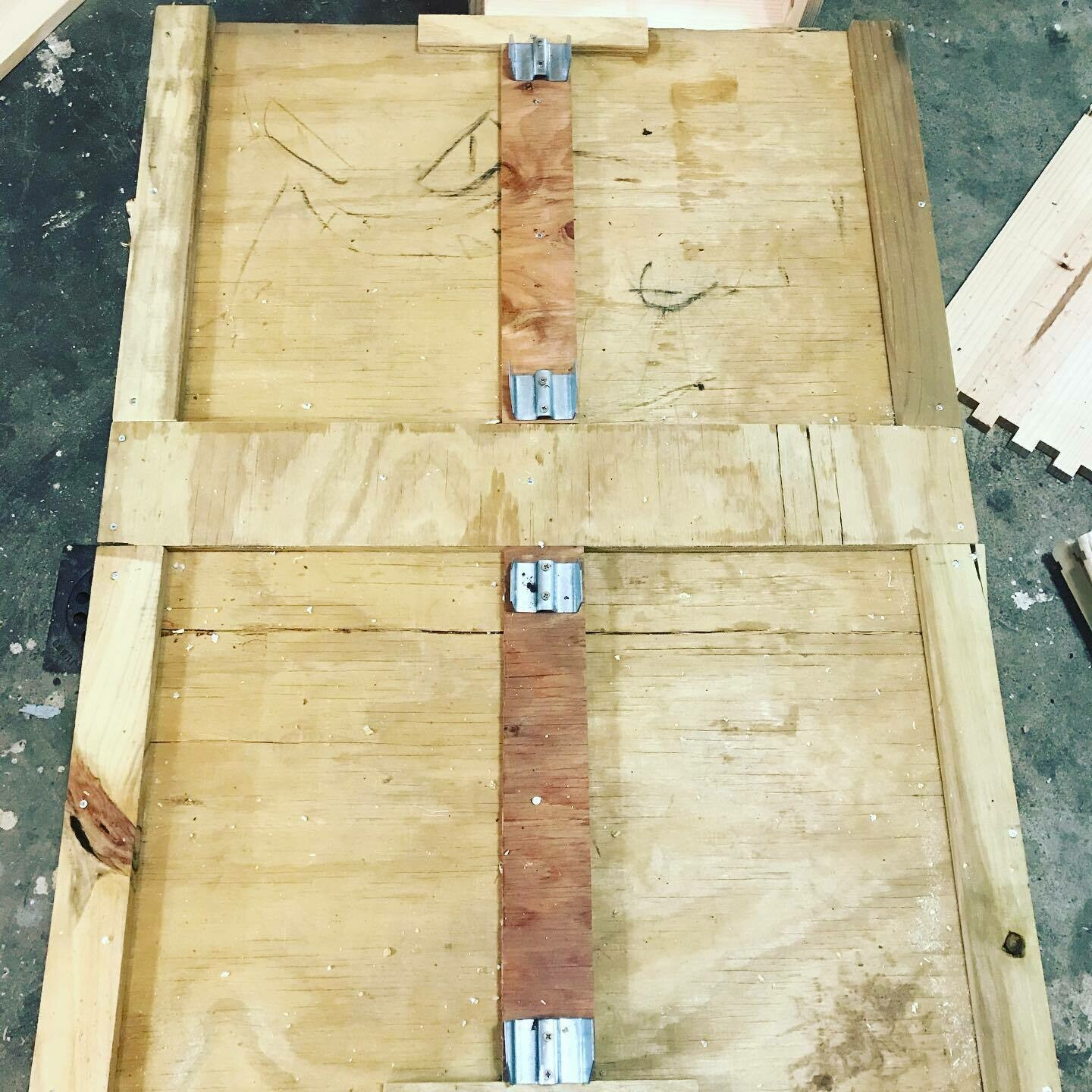 Donate a 4 way pallet