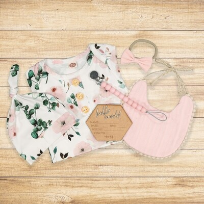 Newborn Gift set White & Pink