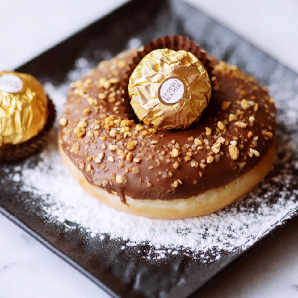 FERRERO ROCHER donut