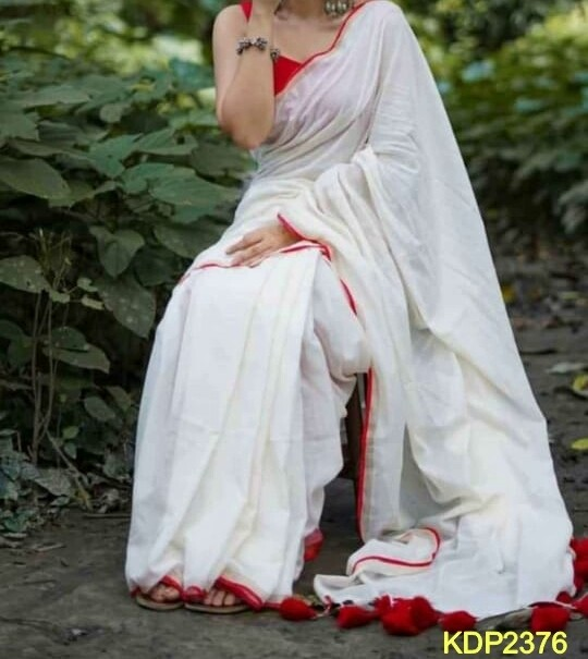 Traditional Khadi Saree with contrast border