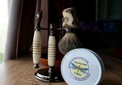 Artisan Classic Razor and Shaving Brush Stand Kit