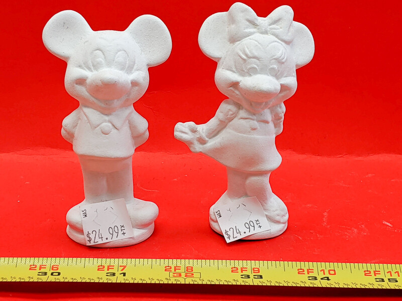 Minie and Mikie Mouse figurines to paint. Paint your own DIY plaster figurine Art Craft activity
