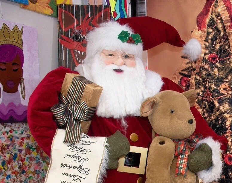 Deluxe Life Size 6ft Tall Santa Claus with Teddy Bears and toys.