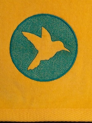 Hummingbird Shadow Embroideried Hand Towel