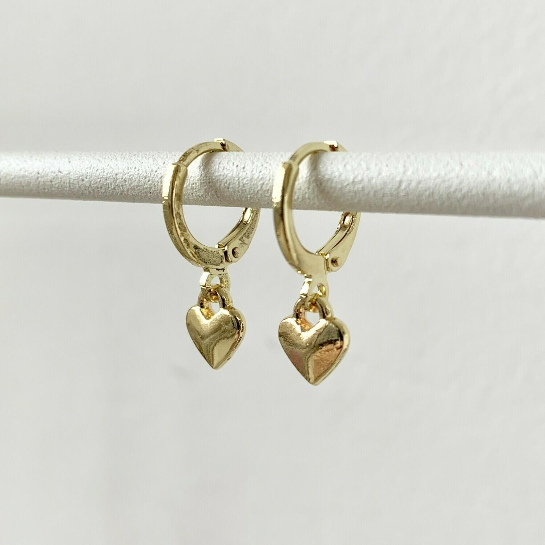 Tiny heart oorbellen goud