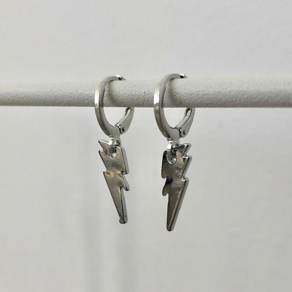 Bliksem oorbellen zilver