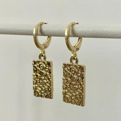 Panterprint oorbellen goud