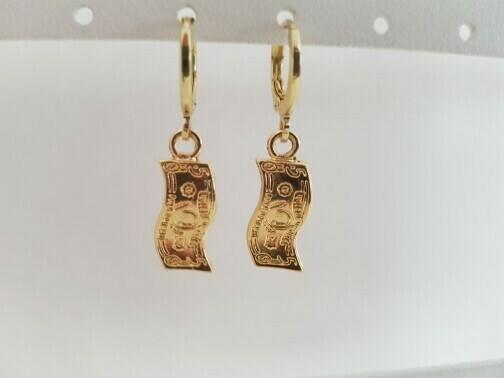 Mini biljetjes oorbellen goud