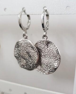 Figurewave oorbellen zilver