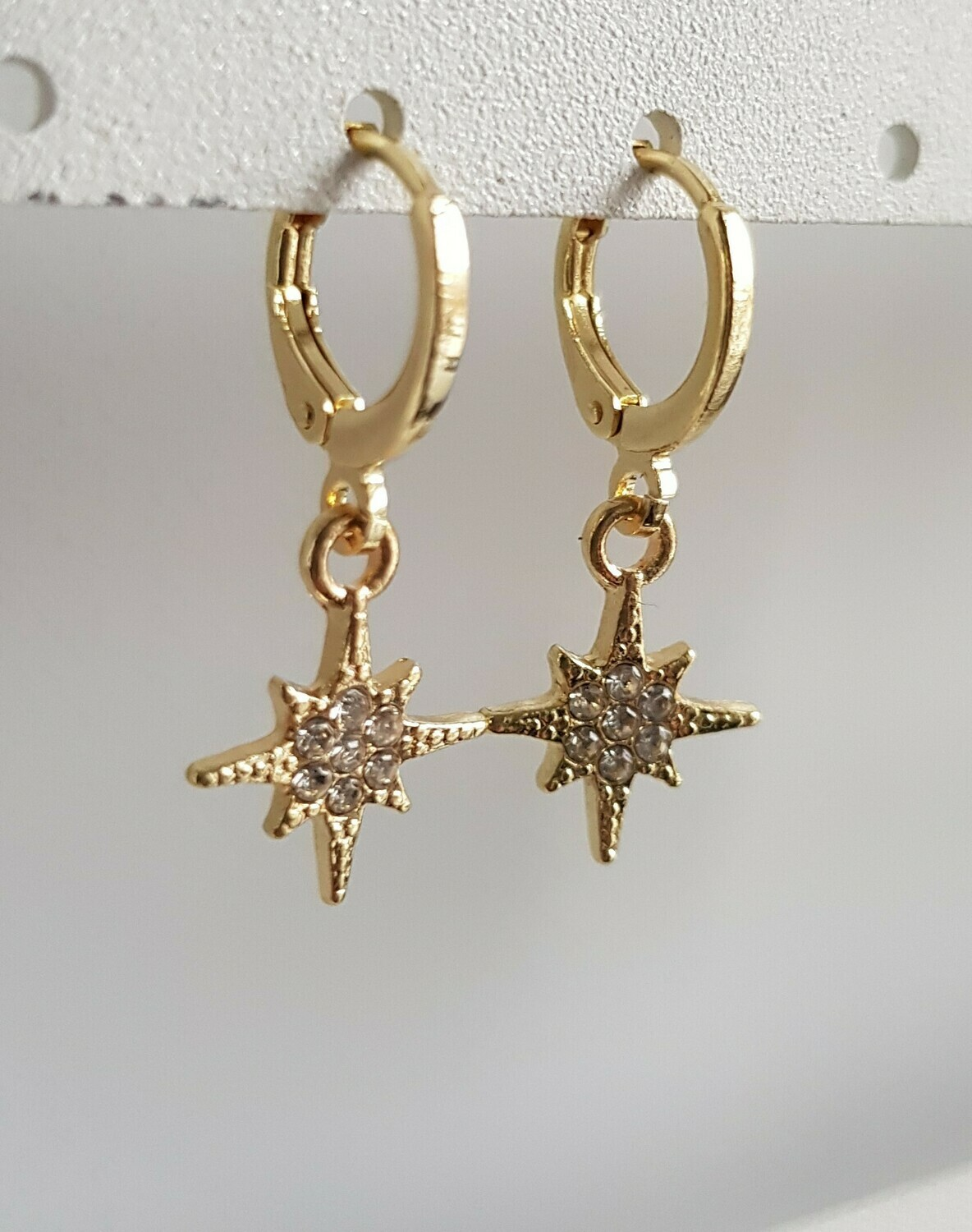 Perfect star met strass steentjes goud