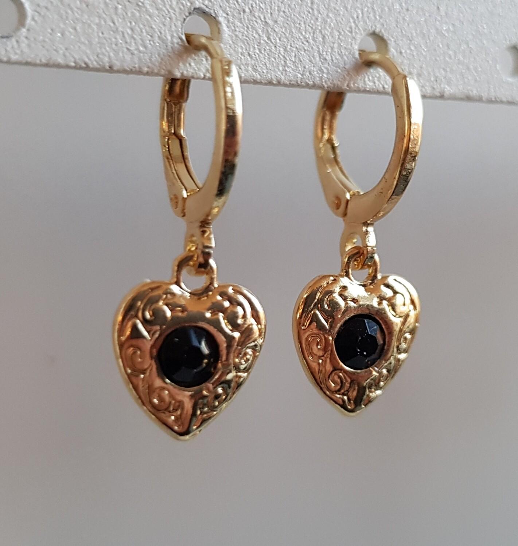 Hartjes oorbellen zwarte steen goud