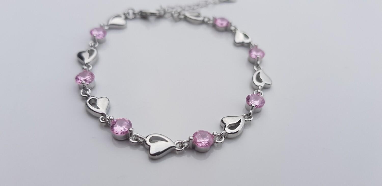 Hartjes armbandje met steentjes roze 925 sterling zilver