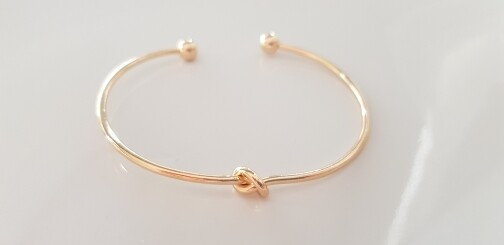 Knotted armband goud