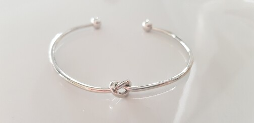 Knotted armband zilver