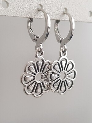 Flower oorbellen zilver
