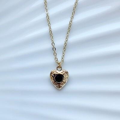 Hartjes ketting zwarte steen goud