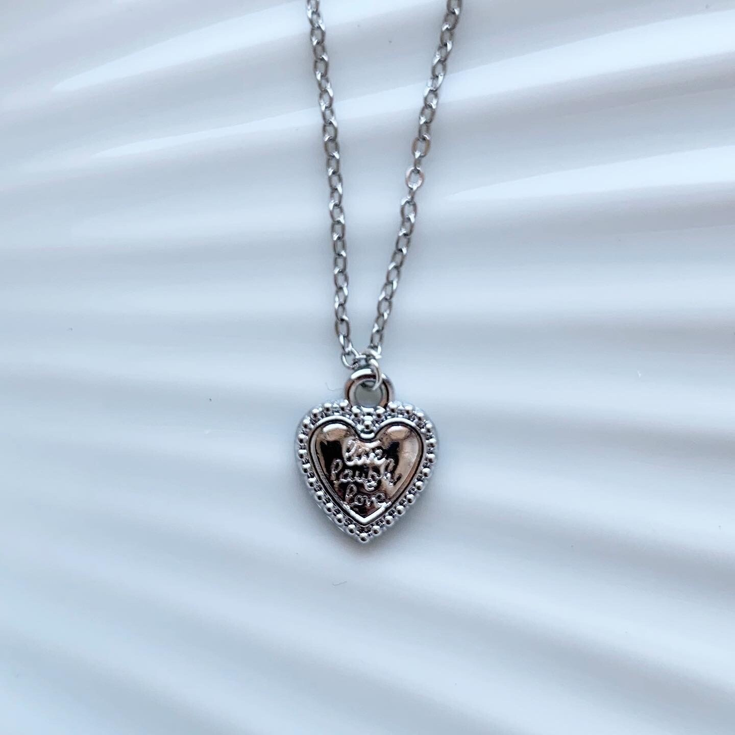 Live, laugh, love ketting zilver