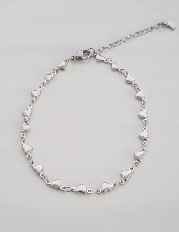 Enkelbandje tiny hartjes zilver