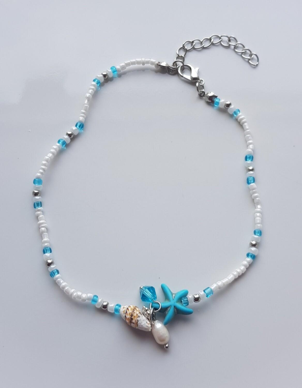 Enkelbandje baggy met zeester, schelpje en kraaltjes wit/blauw/zilver