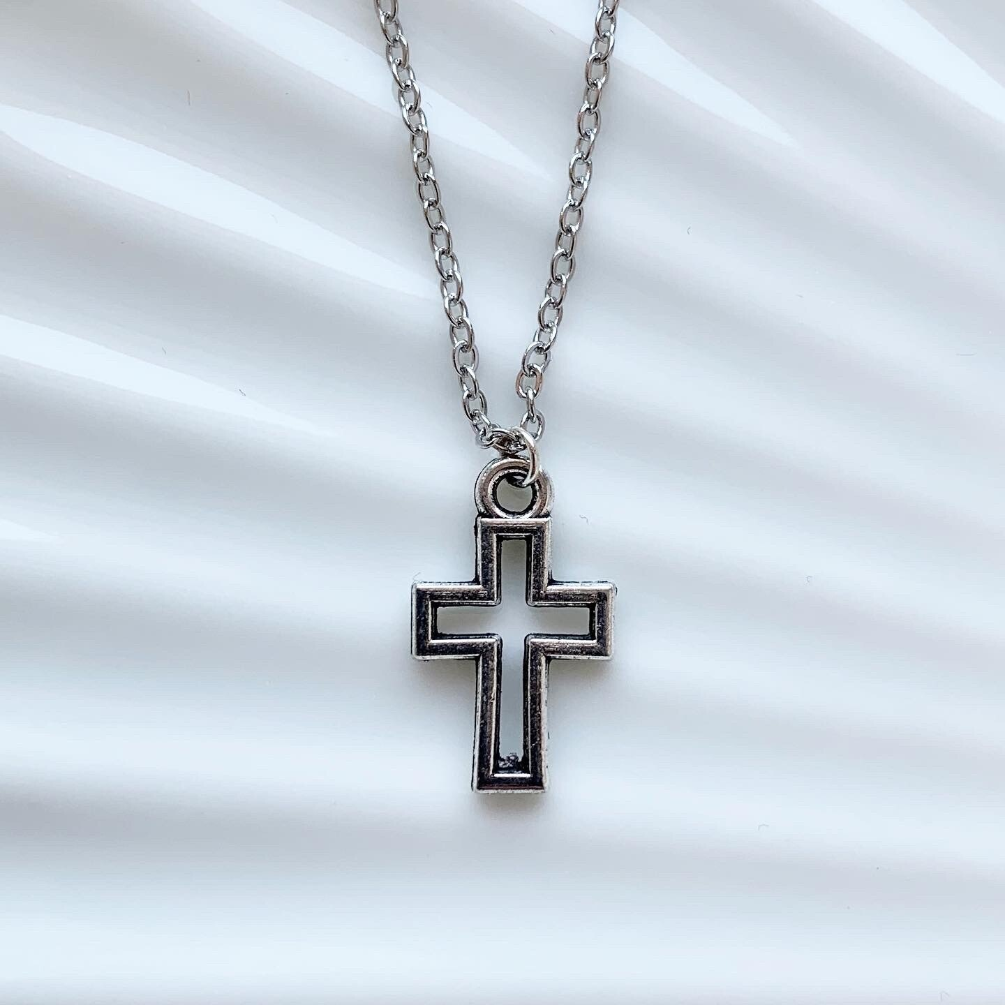 Cross in cross ketting zilver