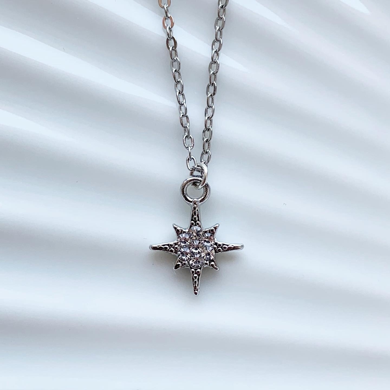Perfect star met strass steentjes ketting zilver