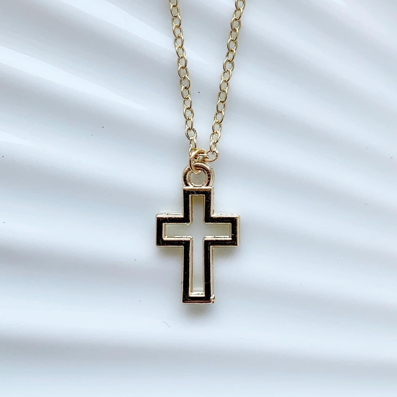 Cross in cross ketting goud