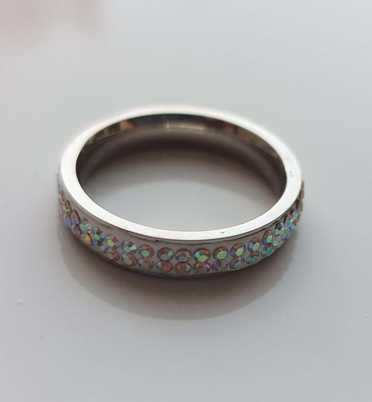 Shiny ring met strass steentjes goud