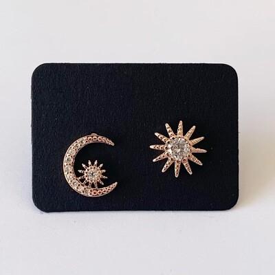 Ster en maan knopjes met strass steentjes rose gold plated