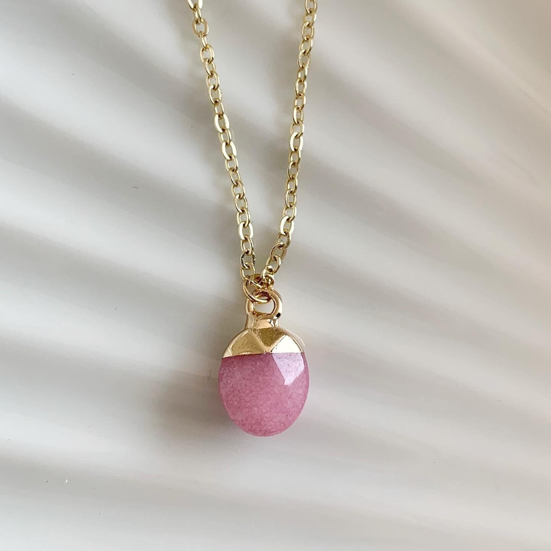 Ronde natuursteen ketting roze/goud