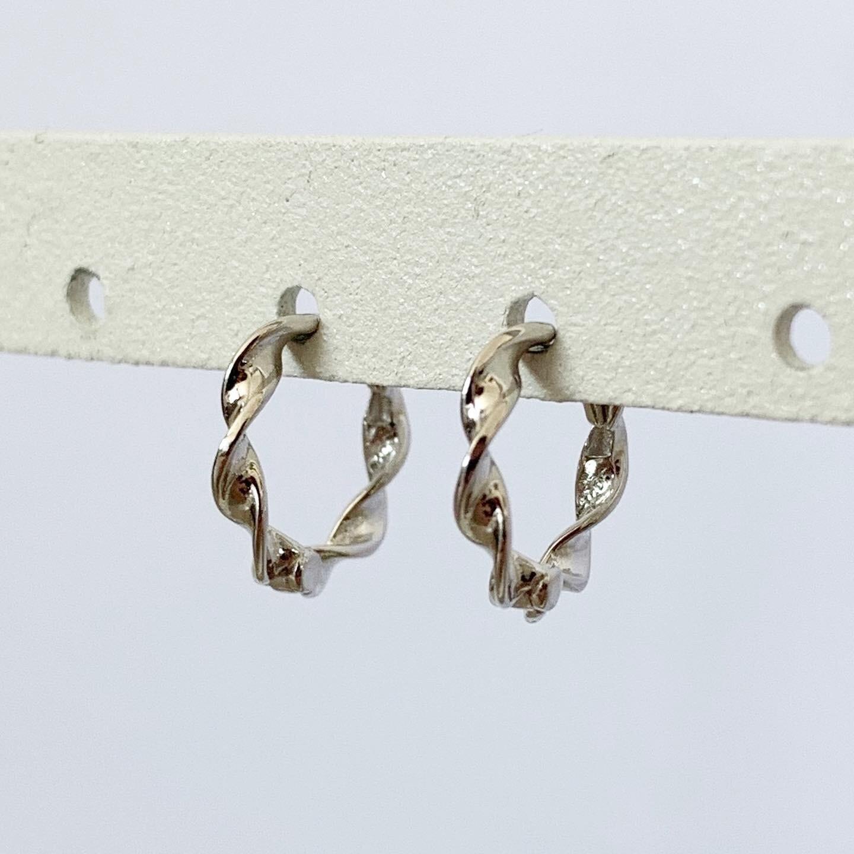 Gedraaide oorringetjes 925 sterling zilver