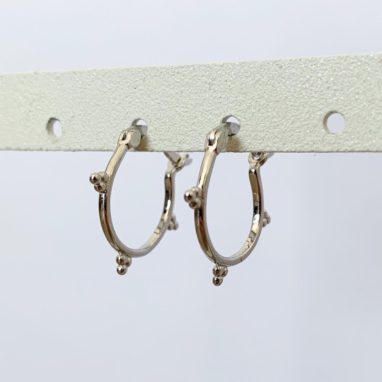 Dots oorringetjes 925 sterling zilver