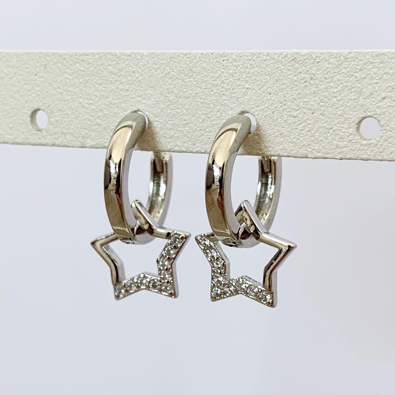 Oorringetjes met hangende ster 925 sterling zilver