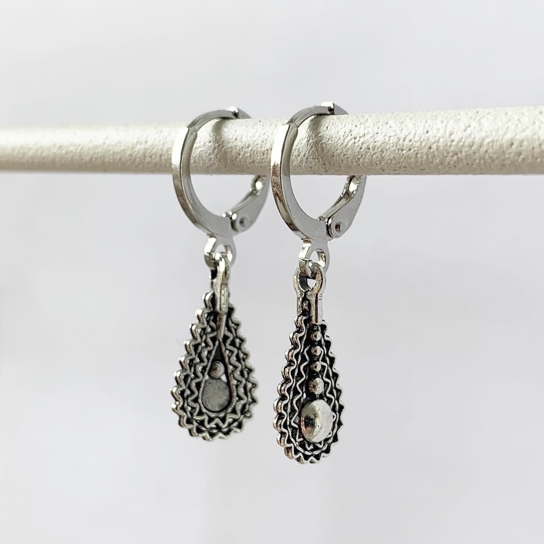 Drop oorbellen zilver