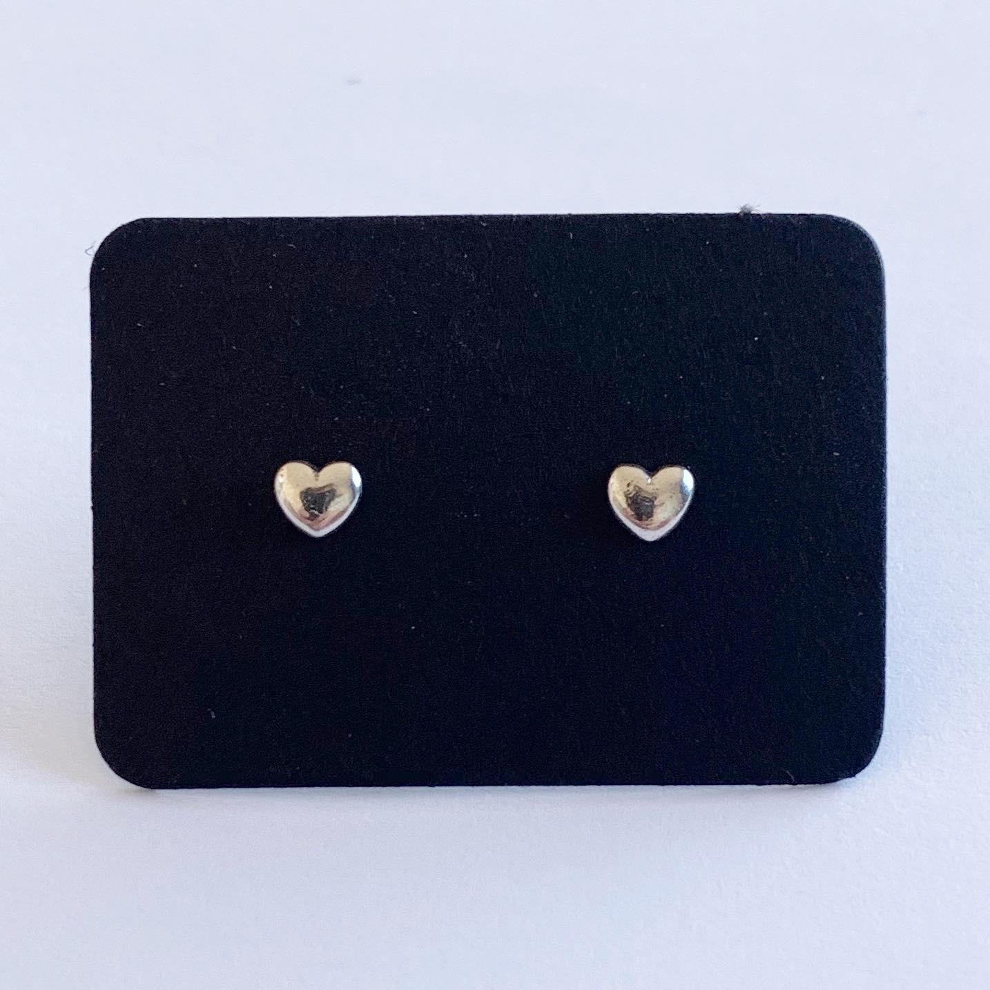 Tiny hartjes knopjes 925 sterling zilver